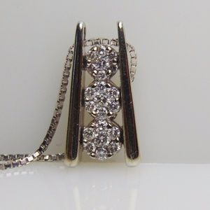 Jewelry - White Gold Diamond Cluster Ladder Pedant And Chain